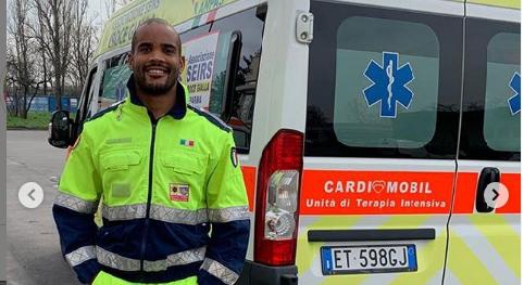 Jogador de rúgbi da Itália se voluntaria e ajuda como motorista de ambulância