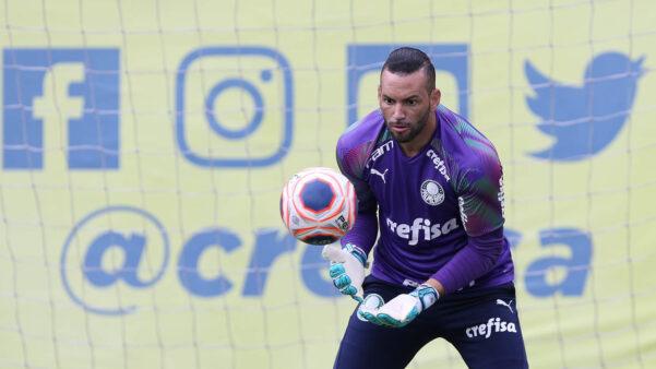 Jogador do Palmeiras no Brasileirão, Weverton começou no rival Corinthians