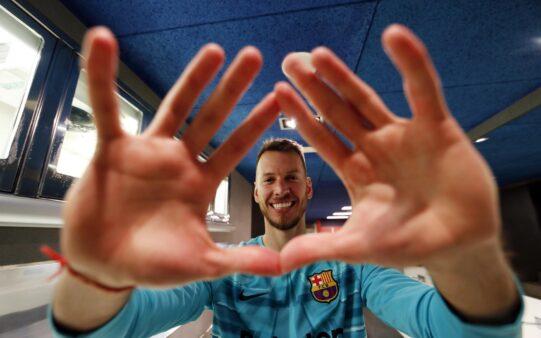 Neto, do Barcelona, está na mira de Internazionale e Milan
