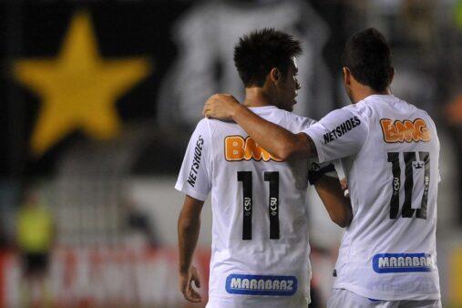 Neymar, Santos, jogadores