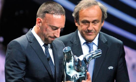 Ribery ganhou o prêmio de melhor da UEFA