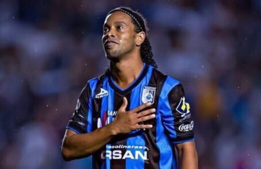 Ronaldinho atuou no Querétaro, Grêmio