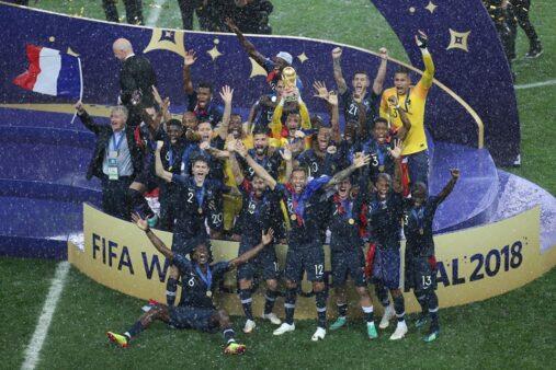 Time da França celebra título da Copa 2018; final será reprisada no SporTV