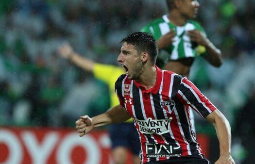 São Paulo ex-jogadores Calleri