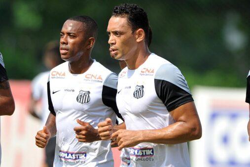Santos não descarta contratar Robinho e Ricardo Oliveiira