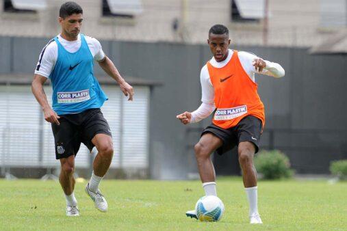 Renato jogou com Robinho no Santos