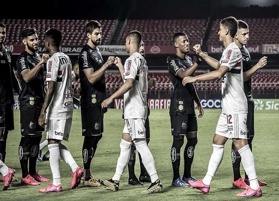 No último jogo antes da paralisação, o Santos foi derrotado de virada pelo São Paulo dentro do Morumbi com portões fechados (Foto: Ivan Storti/ Santos FC)