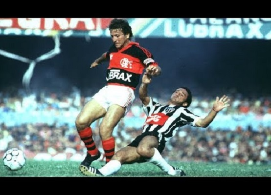<a href='/equipes/atletico-mg'>Atlético-MG</a> x <a href='/equipes/flamengo'>Flamengo</a>, Copa União de 1987 (Reprodução/ YouTube)