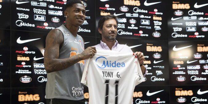 Yony pode deixar o Corinthians.