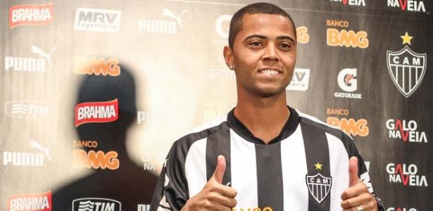 Rafael Carioca cita Atlético-MG e Grêmio e não descarta retorno ao Brasil
