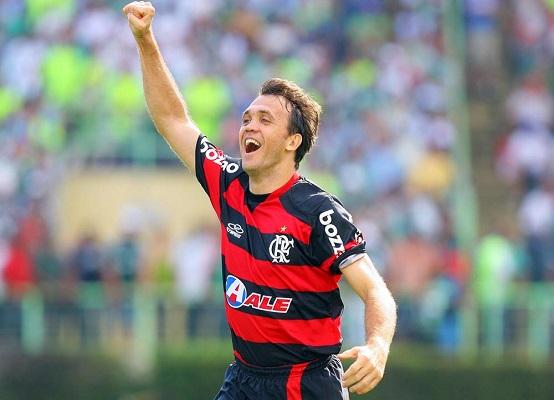 Petkovic no Flamengo (Divulgação/ Gaspar Nóbrega/ VIPCOMM)