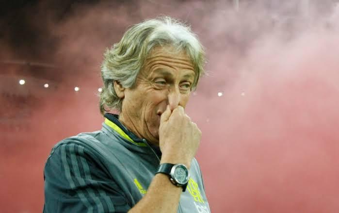 Cheirinho? Flamengo sofre com memes após perder título ...