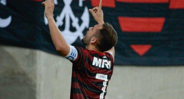 Everton Ribeiro é um dos destaques do Flamengo.