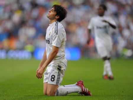 Kaká foi um dos craques que vestiram a camisa do Real Madrid