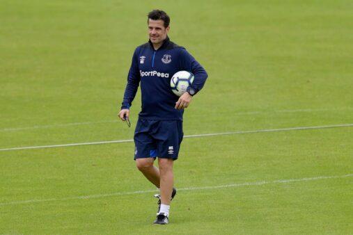 Marco Silva é um dos treinadores sem clube e que poderiam assumir o Palmeiras.