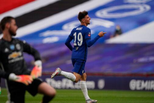 Chelsea domina Manchester United
