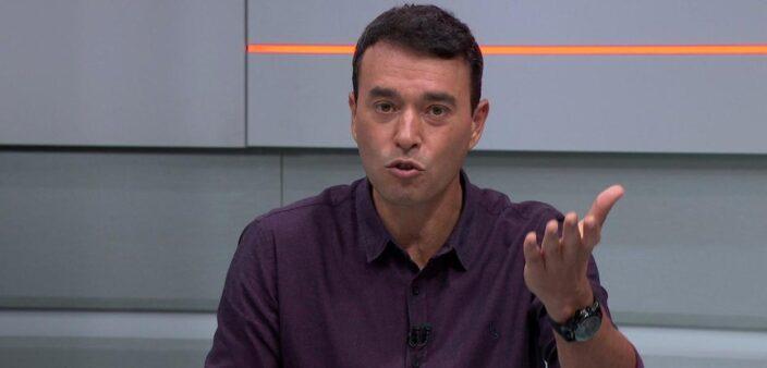 """André Rizek critica as alterações feitas por Domènec: """"Deu uma viajada"""""""