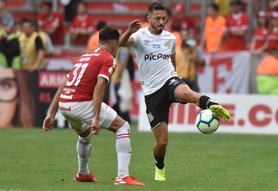 O último duelo entre os dois times, também disputado em Porto Alegre pelo Brasileirão de 2019, terminou empatado sem gols (Foto: Ivan Storti/ Reprodução/ Flickr oficial do Santos FC)