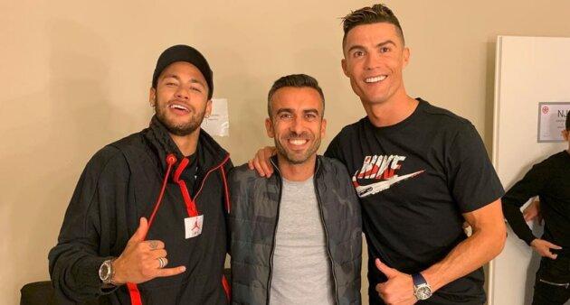 Cristiano Ronaldo poderia jogar com Neymar.