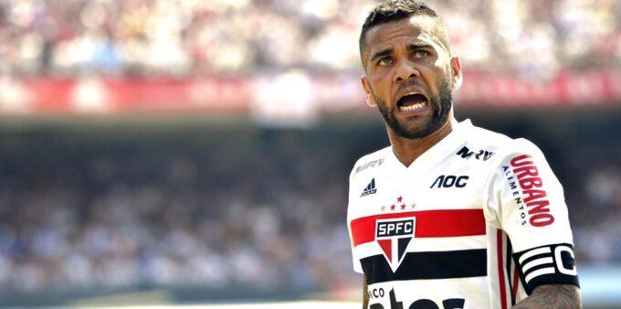 Daniel Alves pode desfalcar o São Paulo no Brasileirão e na Libertadores