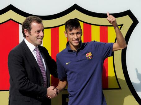 Ex-presidente do Barcelona se encontra com Neymar, diz jornal