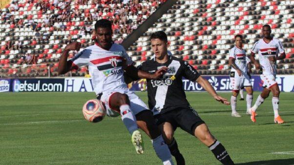 Ponte Preta x Botafogo-SP (Foto: Raul Ramos/ Agência Botafogo)