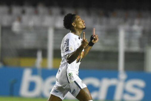 Marinho é um dos destaques do Brasileirão e do Cartola FC.