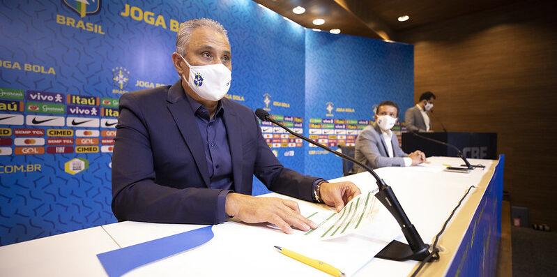 Fagner não é convocado e Tite escancara ausência de nomes confiáveis para a lateral-direita na Seleção Brasileira