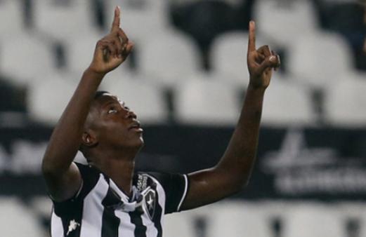 Matheus Babi Botafogo x Vasco