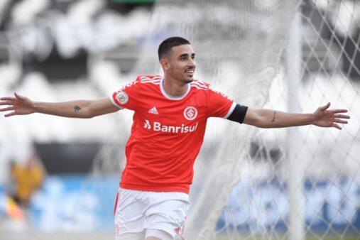 Thiago Galhardo comemora bom momento e sonha com vaga na Seleção