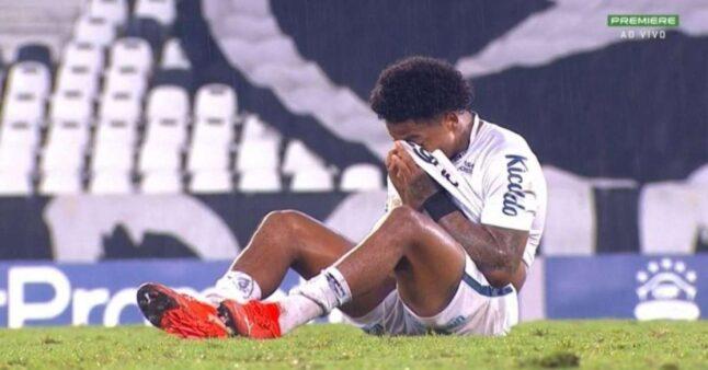 Em tratamento, Marinho diz que vai 'estar em campo mesmo no sacrifício'