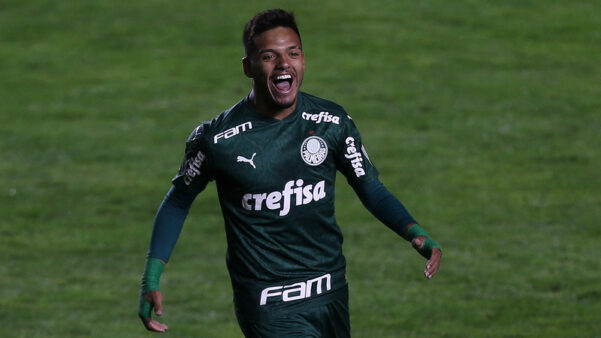 Gabriel Menino é uma das promessas do Palmeiras.