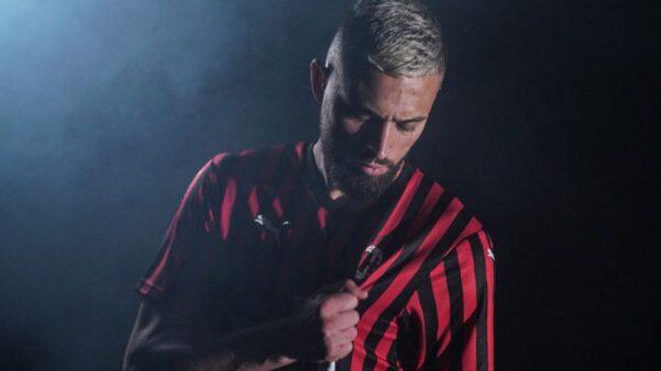 Léo Duarte está fora dos planos do Milan