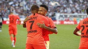 Neymar e Mbappé, jogadores do PSG