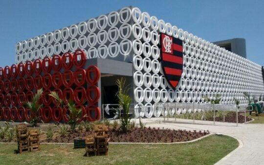 E-mail revela que Flamengo sabia de problemas urgentes no Ninho do Urubu  meses antes da tragédia