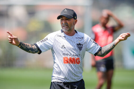 Sampaoli no Atlético-MG no Brasileirão SBT