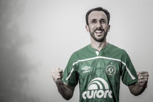 Thiago Ribeiro, novo reforço da Chapecoense (Foto: Márcio Cunha/ ACF/ Reprodução/ Twitter oficial Chapecoense)