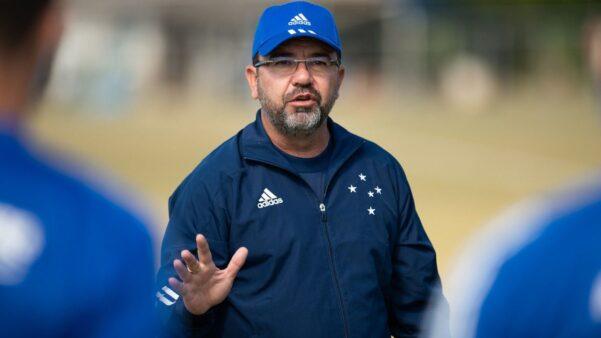 Enderson Moreira demitido do Cruzeiro