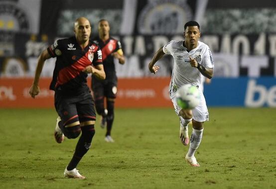 O Santos vem de derrota em casa pelo placar de 1 x 0 diante do Atlético-GO (Foto: Ivan Storti/ Reprodução/ Flickr oficial Santos FC)