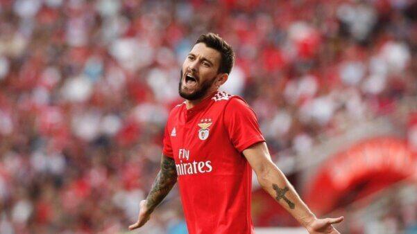 Facundo Ferreyra em ação pelo Benfica
