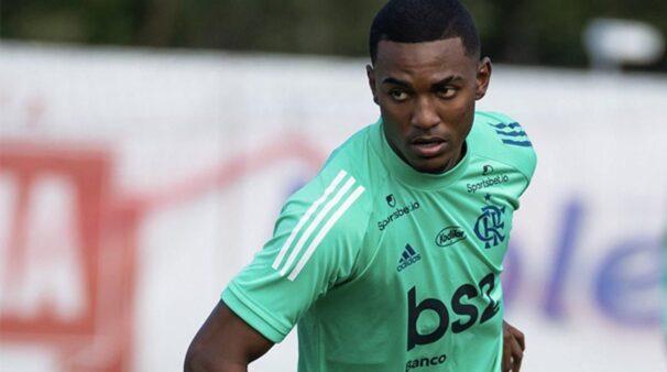 Ramon e, ação pelo Flamengo