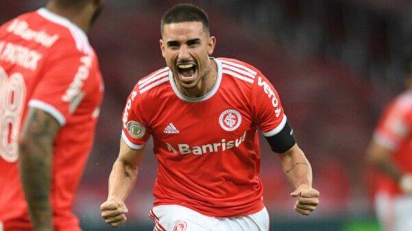 Galhardo virou alvo do Palmeiras internacional