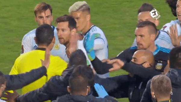 Messi x Marcelo Moreno