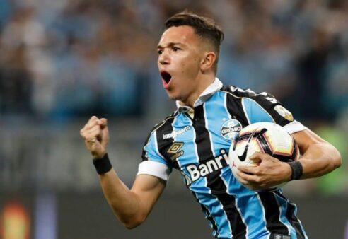 """Renato pede calma a Pepê: """"Não custa nada esperar dois meses"""""""