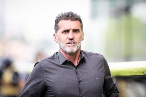 """Vagner Mancini promete recuperar o futebol do Timão: """"Corinthians vai voltar a ser o Corinthians"""