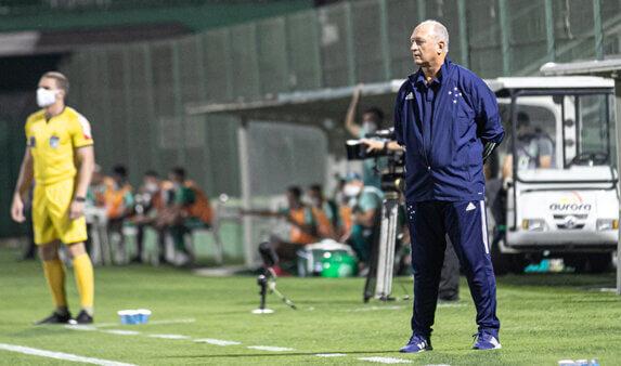 Cruzeiro: Insatisfeito, Felipão considera deixar clube ao final da Série B
