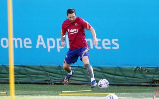 Messi treinando