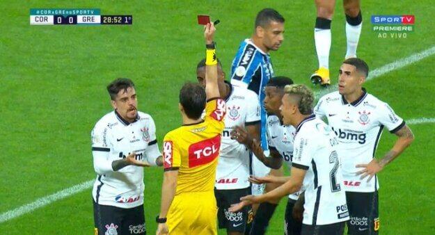 Corinthians x Grêmio: Marllon foi expulso