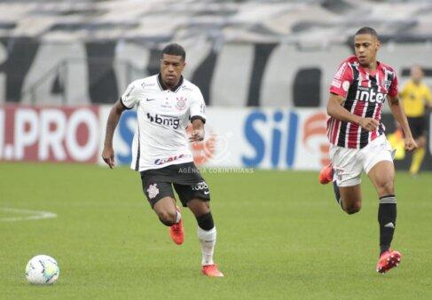 Corinthians pode vender Leo Natel
