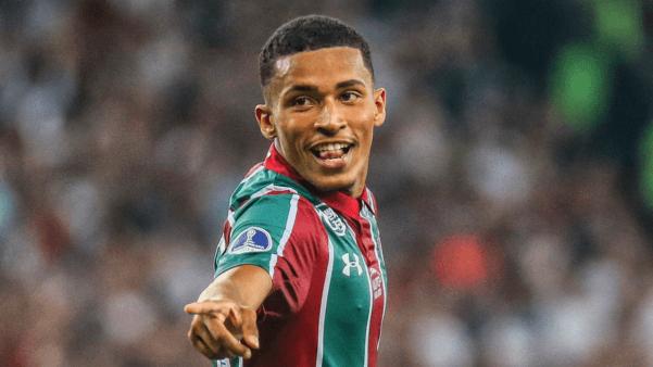 Marcos Paulo em ação pelo Fluminense